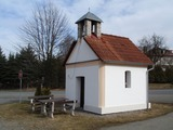 Kaplička v Dolních Hrachovicích